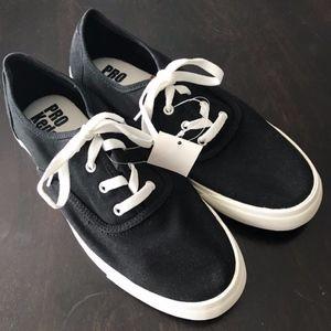 NWT RARE Pro Keds Black Classic Oxford Sneakers